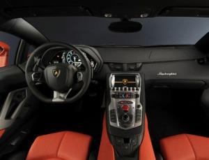 Lamborghini Aventador LP700-2 interior